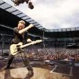 La Springsteen-mania è esplosa contagiosa non solo a Napoli. Degli oltre 10.000 bigliettivenduti finora per il concerto-evento di Bruce Springsteen and the E-Street Band inpiazza del Plebiscito il prossimo 23 maggio, 6.853 sono stati acquistati fuori dallaCampania. Numerosi fan, turisti […]